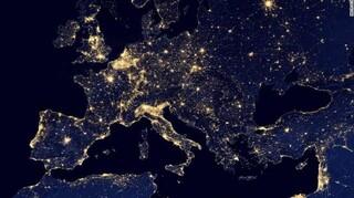 Η παγκόσμια φωτορύπανση έχει αυξηθεί σημαντικά τα τελευταία χρόνια  - Ο ρόλος του φωτισμού LED