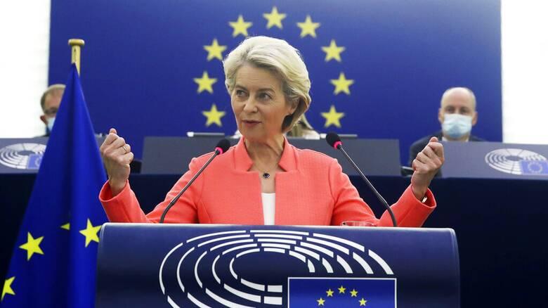 Συζήτηση για την Κατάσταση της ΕΕ: Για «πανδημία ανεμβολίαστων» προειδοποιεί η Φον ντερ Λάιεν