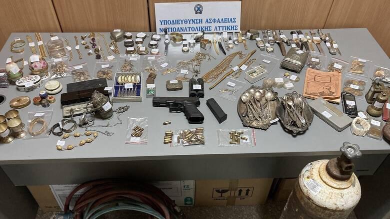 Εξαρθρώθηκε συμμορία με λεία πάνω από 700.000 ευρώ - Δύο συλλήψεις