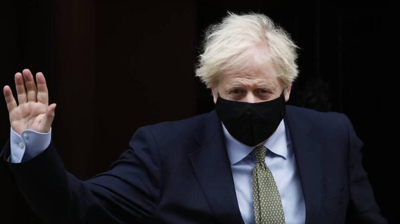 Ανασχηματισμός στη Βρετανία - Ο Τζόνσον αντικαθιστά τον υπουργό Εξωτερικών Ντομινίκ Ράαμπ