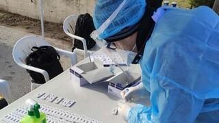 Κορωνοϊός: Ανησυχία των επιστημόνων με φόντο τα τοπικά lockdown