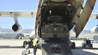 Ρωσία: Η Μόσχα αρχίζει τη διάθεση του νέου αμυντικού πυραυλικού συστήματος S-500