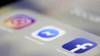 Διαδίκτυο: Εκτοξεύθηκαν οι Έλληνες χρήστες στα social media - Τι αγοράζουν ηλεκτρονικά