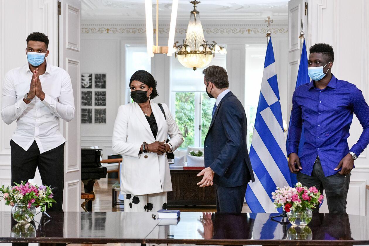 https://cdn.cnngreece.gr/media/news/2021/09/17/281864/photos/snapshot/3262851.jpg