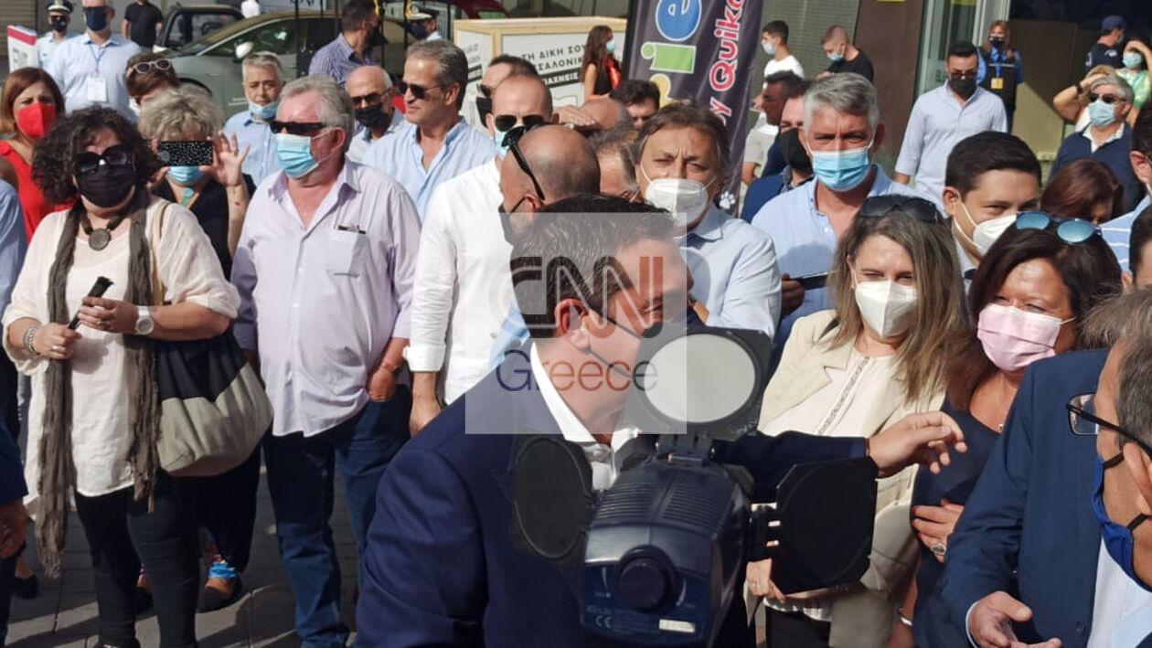 https://cdn.cnngreece.gr/media/news/2021/09/18/281957/photos/snapshot/deth-tsipras.jpg