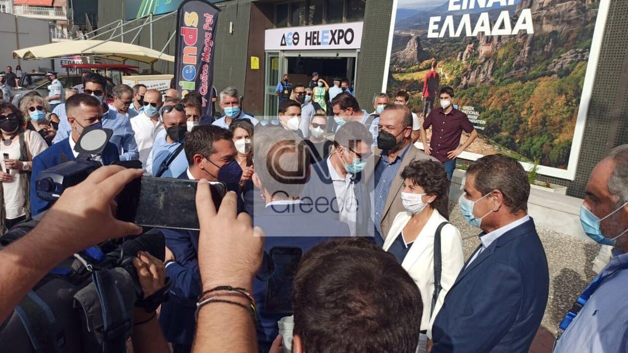 https://cdn.cnngreece.gr/media/news/2021/09/18/281957/photos/snapshot/tsipras-3.jpg