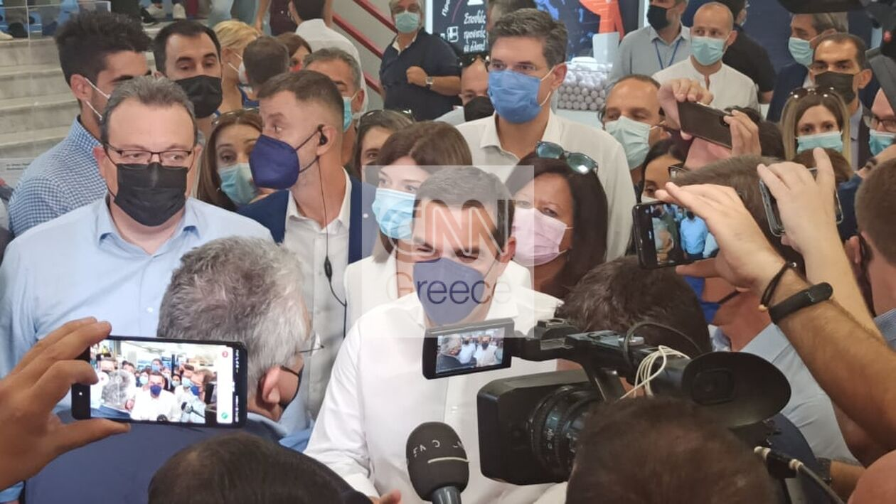 https://cdn.cnngreece.gr/media/news/2021/09/18/281957/photos/snapshot/tsipras-5.jpg