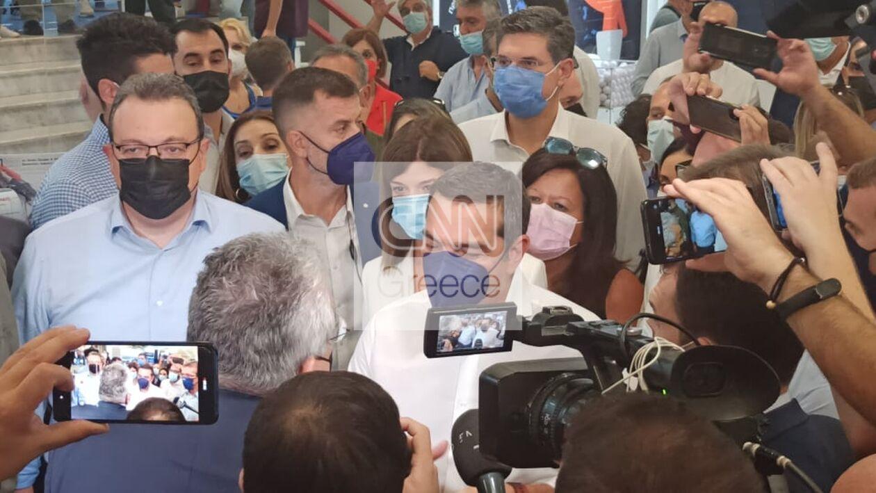 https://cdn.cnngreece.gr/media/news/2021/09/18/281957/photos/snapshot/tsipras-6.jpg