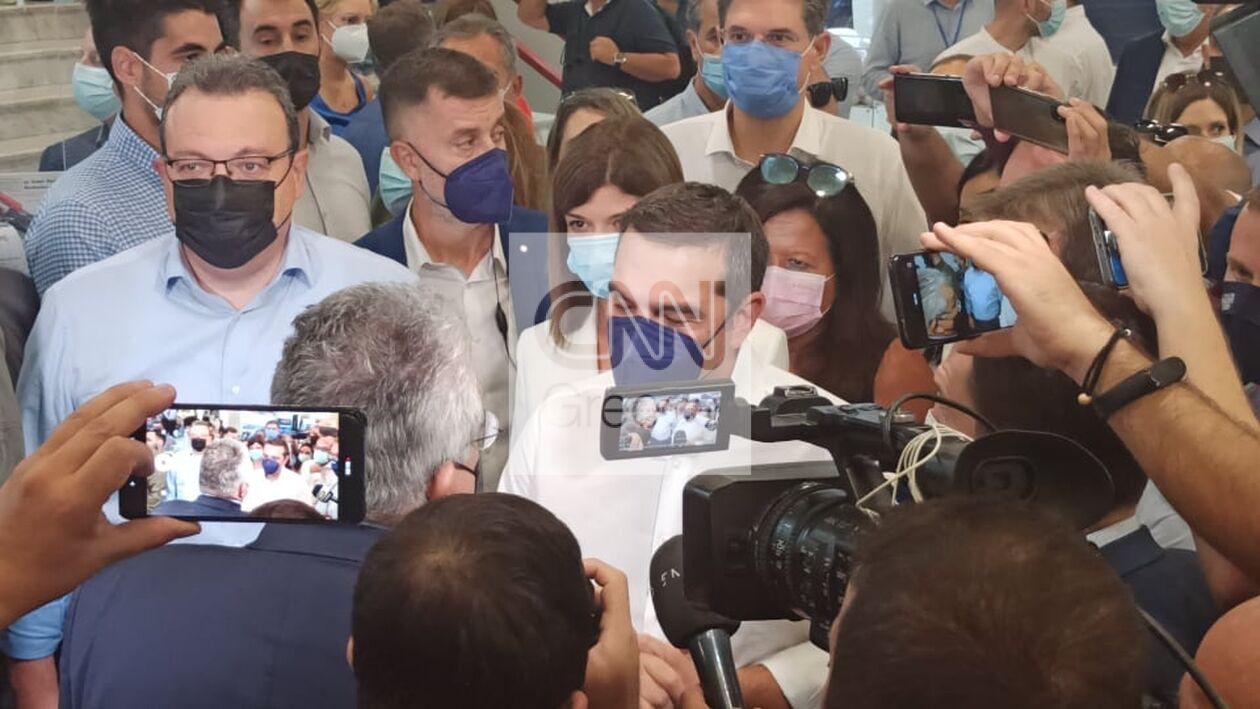 https://cdn.cnngreece.gr/media/news/2021/09/18/281966/photos/snapshot/tsipras-7.jpg