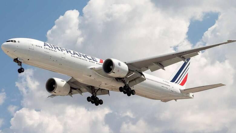 Θρίλερ στον αέρα: Αναγκαστική προσγείωση αεροσκάφους της Air France μετά από «τεχνικό πρόβλημα»