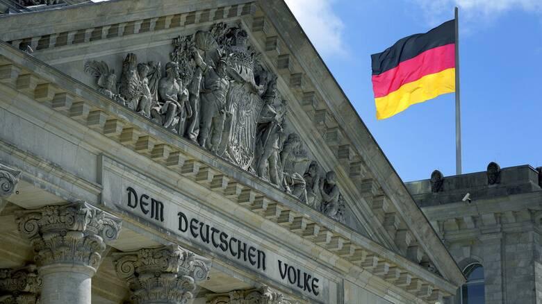 Γερμανία - DW: Οι «εξωτικοί» υποψήφιοι των εκλογών δεν το βάζουν κάτω...