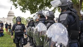 ΗΠΑ: Πιο πολλοί οι αστυνομικοί από τους υποστηρικτές του Τραμπ στη διαδήλωση στο Καπιτώλιο