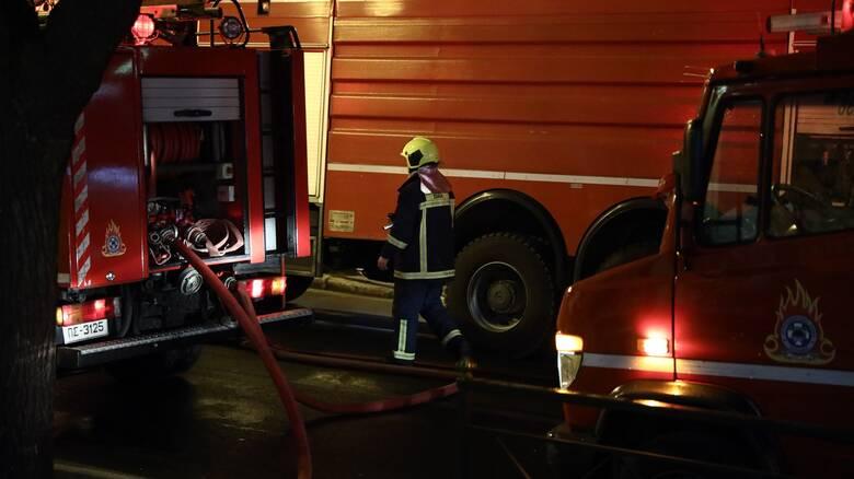 Φωτιά στο ΚΥΤ στο Βαθύ Σάμου - Εκκενώθηκε η δομή