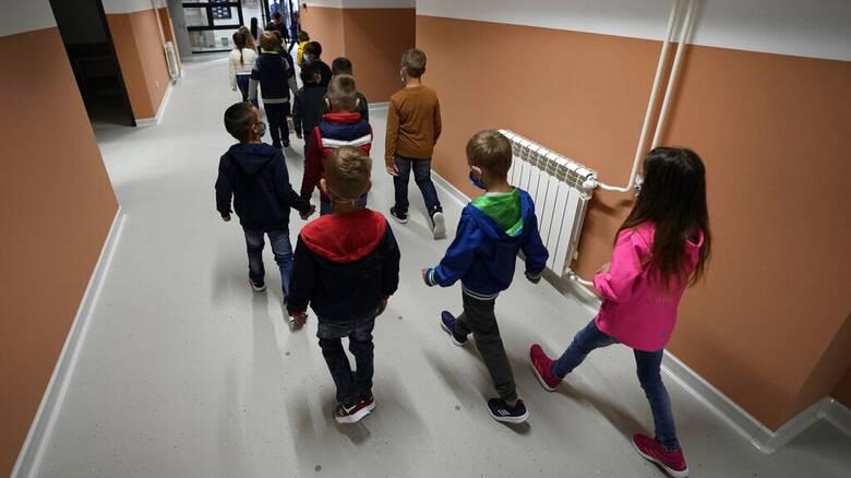 Έρευνα: Η «μακρά Covid-19» στα παιδιά σπάνια ξεπερνά τους τρεις μήνες