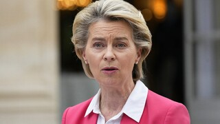 AUKUS - Φον ντερ Λάιεν: Απαράδεκτος ο τρόπος με τον οποίο αντιμετωπίστηκε η Γαλλία
