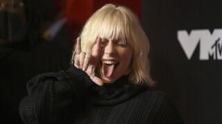 Η επιστροφή της Μπίλι Άιλις: Σε μια μεγάλη συναυλία παρουσίασε τα νέα της τραγούδια (vid)