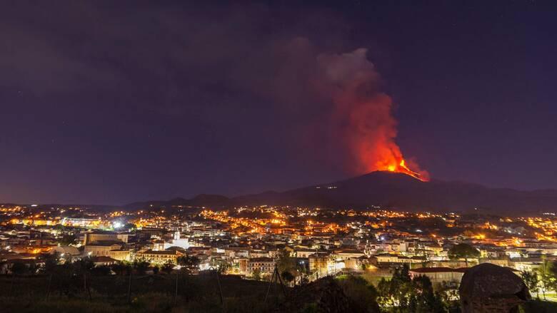 Αρναούτογλου: Στην Ελλάδα έφτασαν οι εκπομπές διοξειδίου του θείου από την Αίτνα
