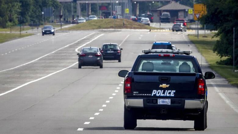 Συναγερμός στη Γερμανία: Ένοπλος κρατά τρεις ομήρους μέσα σε λεωφορείο