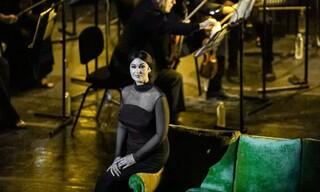 Μόνικα Μπελούτσι: Εκθαμβωτική στο Ηρώδειο - Οι διασημότητες που έδωσαν το παρών