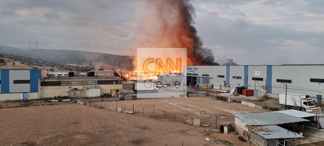https://cdn.cnngreece.gr/media/news/2021/09/22/282452/photos/snapshot/fotia-aspropyrgos-1.jpg