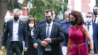 Πλεύρης από Θεσσαλονίκη: Δεν τίθεται θέμα μέτρων-Προληπτική η επίσκεψη