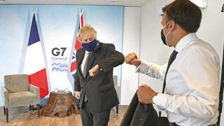 AUKUS: «Συνέλθετε» λέει ο Τζόνσον στη Γαλλία για την «κρίση των υποβρυχίων»