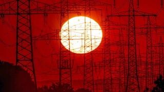 Αυξήσεις στην ενέργεια - Κομισιόν: Προς έγκριση των «προσωρινών μέτρων» στήριξης των καταναλωτών