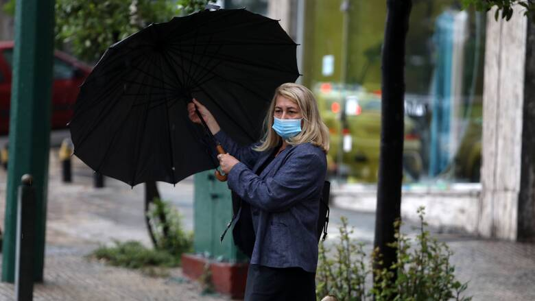 Καιρός: Σε νέα πτώση η θερμοκρασία - Πού θα σημειωθούν βροχές και καταιγίδες