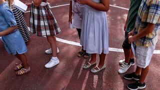 Κορωνοϊός: Ανησυχία για τα σχολεία μετά την ραγδαία εξάπλωση στα παιδιά