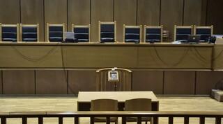 Ιωάννινα: Άρχισε η δίκη για την υπόθεση των κλεμμένων εικόνων στην Ήπειρο
