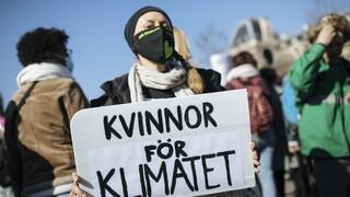 Χιλιάδες ακτιβιστές στη Γερμανία για το κλίμα με φόντο τις κάλπες - Παρούσα και η Γκρέτα Τούνμπεργκ