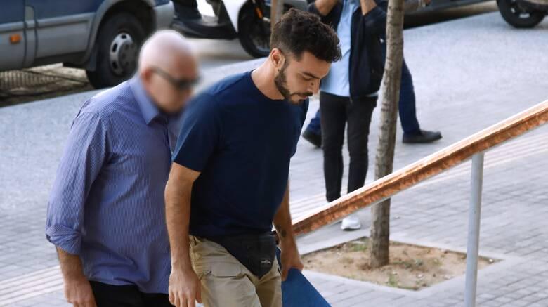 Θεσσαλονίκη: Ποινή φυλάκισης 15 μηνών στον πατέρα που δεν εφάρμοζε τα μέτρα κορωνοϊού