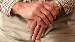 Πύργος: Ανήλικοι χτύπησαν ηλικιωμένο για 100 ευρώ