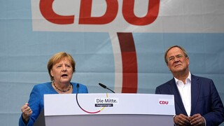 Γερμανία - Εκλογές: Η Μέρκελ καλεί τους ψηφοφόρους να ψηφίσουν τον Άρμιν Λάσετ
