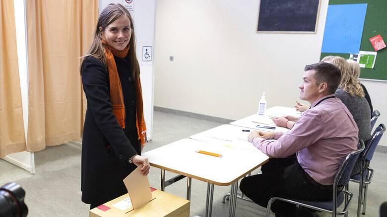 Εκλογές στην Ισλανδία: Από μια κλωστή κρέμεται ο κυβερνητικός συνασπισμός