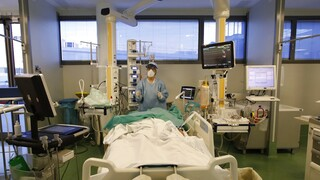 Κορωνοϊός: 1.100 νέα κρούσματα, 337 διασωληνωμένοι, 24 θάνατοι