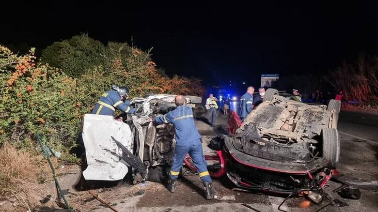 Τραγωδία στην άσφαλτο: Δύο νεκροί στην Κρήτη - Τέσσερα άτομα στο νοσοκομείο