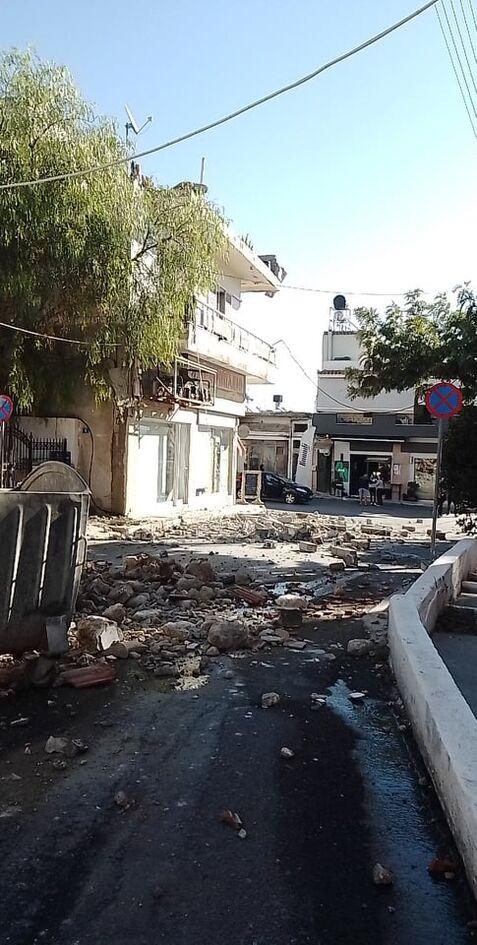 https://cdn.cnngreece.gr/media/news/2021/09/27/283080/photos/snapshot/seismow-kriti-4.jpg