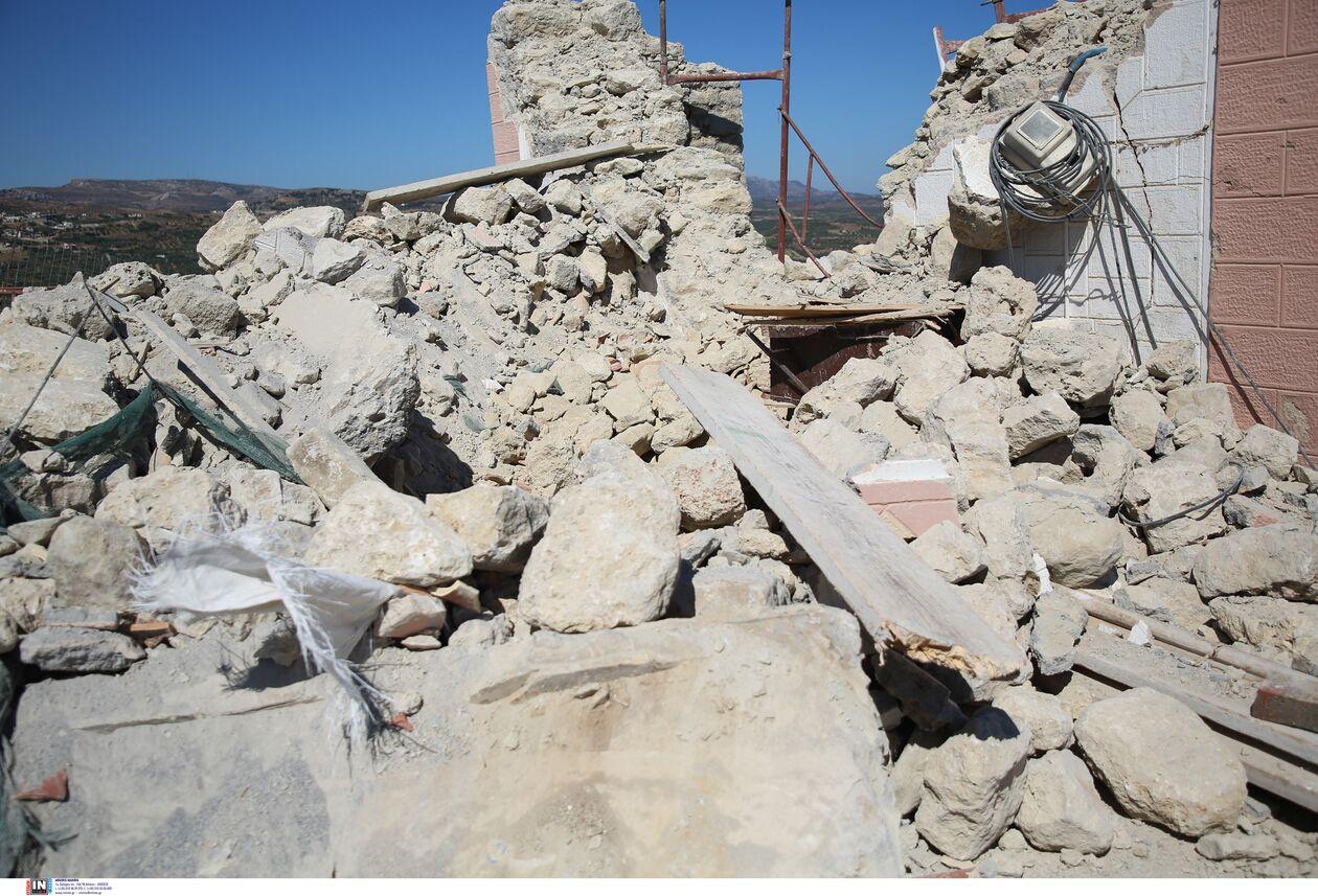 https://cdn.cnngreece.gr/media/news/2021/09/27/283086/photos/snapshot/seismos-arkalohori-3273705.jpg