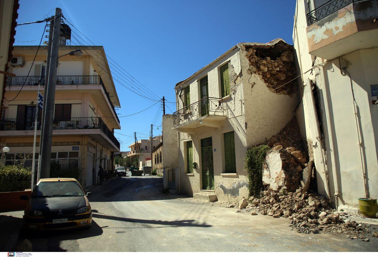 https://cdn.cnngreece.gr/media/news/2021/09/27/283086/photos/snapshot/seismos-arkalohori-3273740.jpg