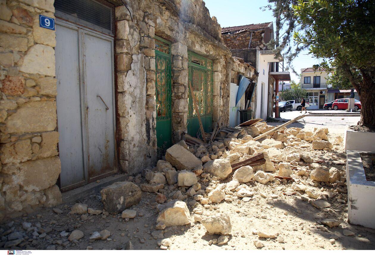 https://cdn.cnngreece.gr/media/news/2021/09/27/283086/photos/snapshot/seismos-arkalohori-3273745.jpg