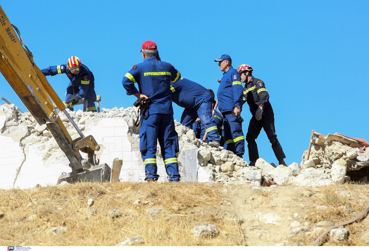 https://cdn.cnngreece.gr/media/news/2021/09/27/283149/photos/snapshot/seismos-arkalohori-3273700-72.jpg