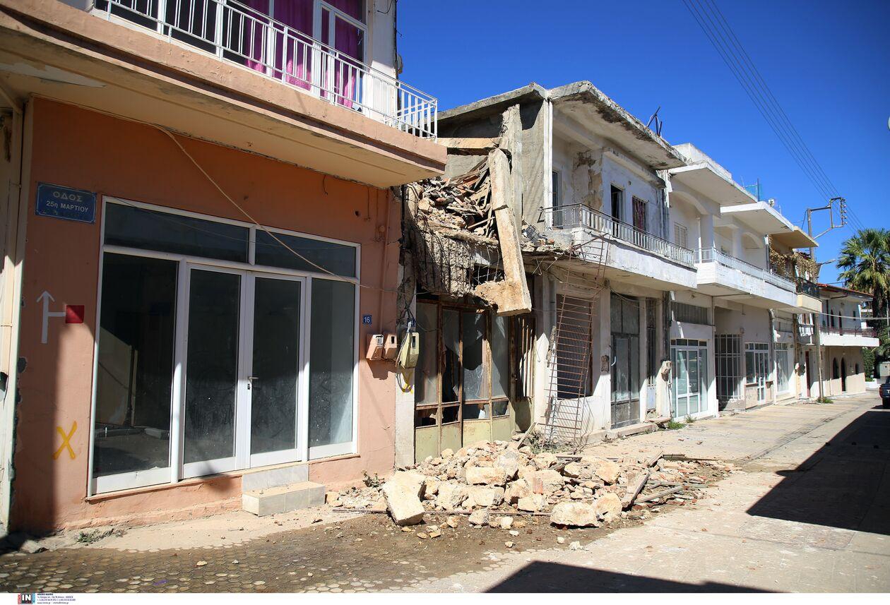 https://cdn.cnngreece.gr/media/news/2021/09/27/283191/photos/snapshot/seismos-arkalohori-3273744.jpg