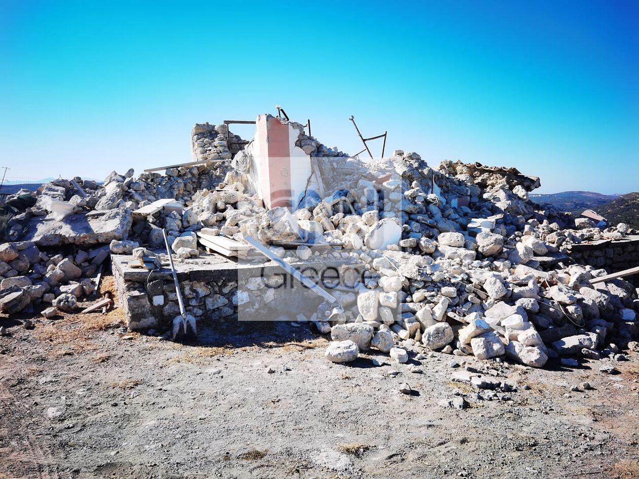 https://cdn.cnngreece.gr/media/news/2021/09/27/283191/photos/snapshot/seismos-kriti-zhmies-7.jpg