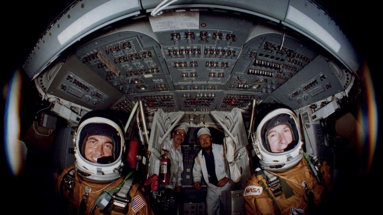 NASA: Η ιστορία του διαστημικού λεωφορείου μέσα από σπάνιες φωτογραφίες