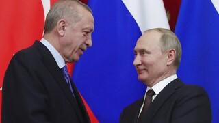 Συνάντηση Πούτιν-Ερντογάν την Τετάρτη: «Ανατολίτικο παζάρι» με S-400 και Συρία