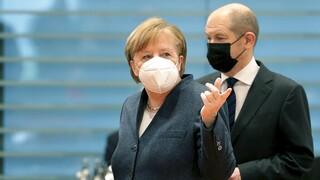 Η Γερμανία μετά τη Μέρκελ: Τα συγχαρητήρια σε Σόλτς και η συνεννόηση Πρασίνων - FDP