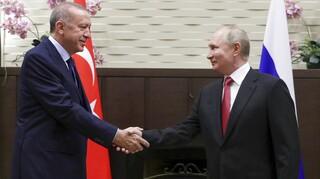 Πούτιν σε Ερντογάν στο Σότσι: Η Τουρκία ενεργειακά ασφαλής χάρη στον TurkStream