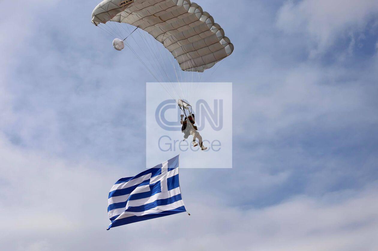 https://cdn.cnngreece.gr/media/news/2021/09/29/283474/photos/snapshot/parmenion-2021-006386_n.jpg