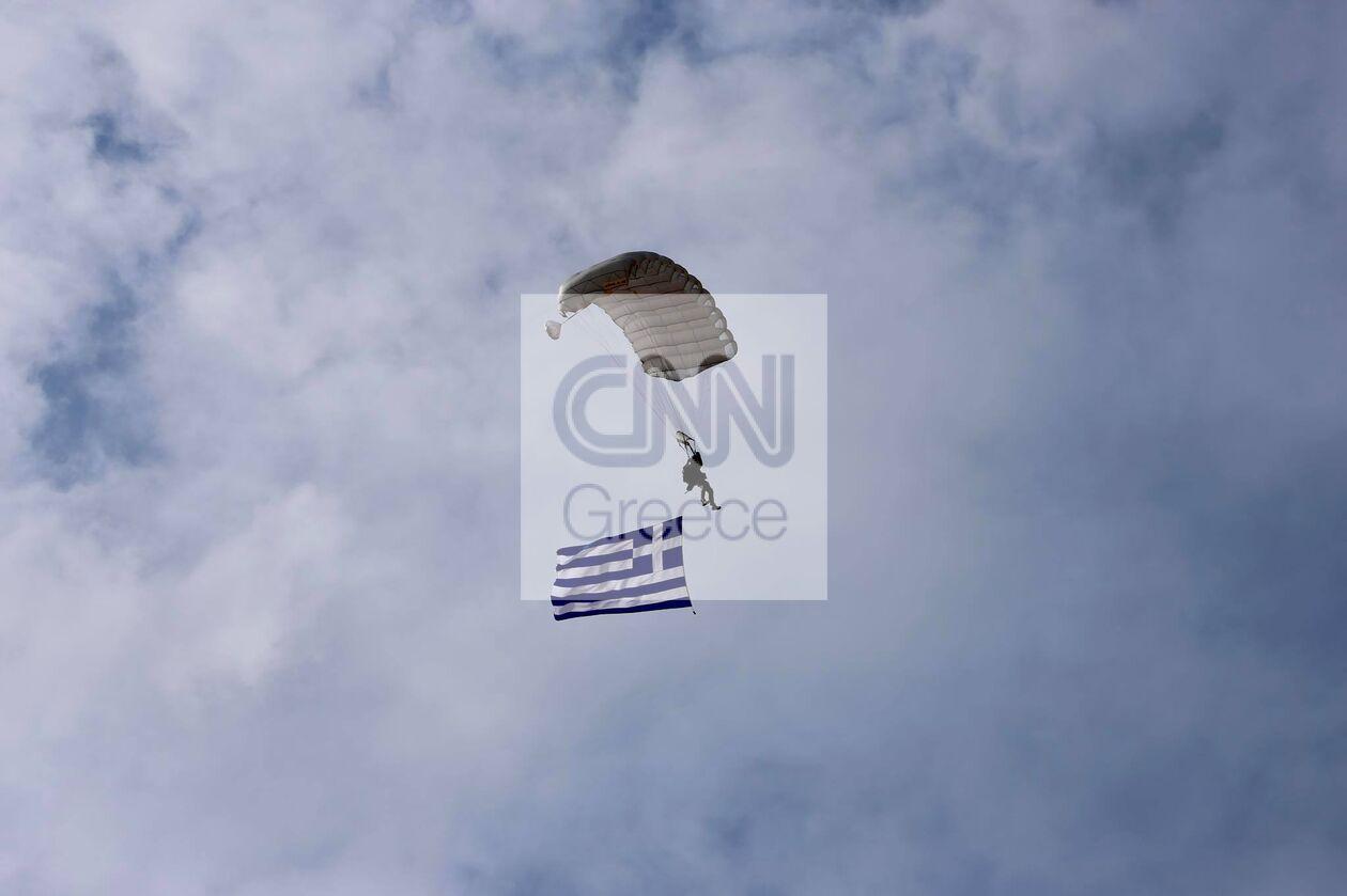 https://cdn.cnngreece.gr/media/news/2021/09/29/283474/photos/snapshot/parmenion-2021-715033_n.jpg